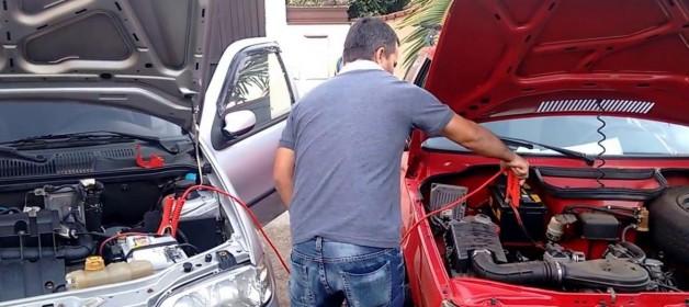 Dica Status: Aprenda a fazer a chupeta na bateria do carro