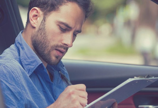 Conheça as leis de trânsito e entenda tudo sobre os documentos digitais para o carro