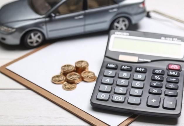 Endividado (a)? Veja como acabar com os débitos do financiamento do carro