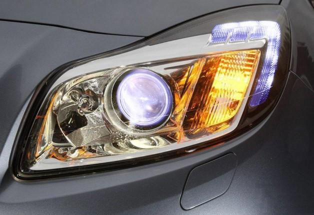 Farol automotivo: quais os tipos de lâmpadas disponíveis no mercado ?